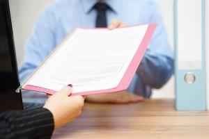Завещательный отказ и возложение - что это, право пользования жилым помещением, кто такой отказополучатель, какие сроки принятия и что есть предметом?