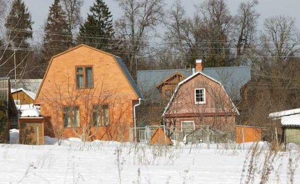 Прекращение права собственности на земельный участок: правовая основа и судебная практика