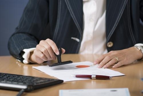 Документы для оформления земельного участка в собственность; государственный акт, доверенность – полный перечень бумаг, которые нужны для приватизации земли под частным домом в администрации